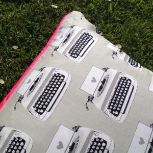 c&s cushion 2
